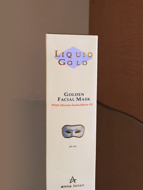 golden-facial-mask